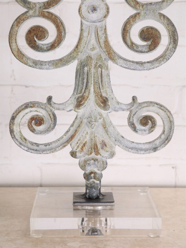 Fleur Scroll custom iron table lamp with a white, distressed finish and an acrylic base.